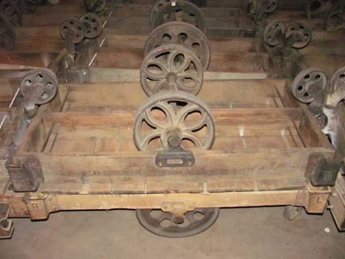 railroad cart coffee table restoration hardware 1